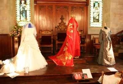 wedding dress display 13