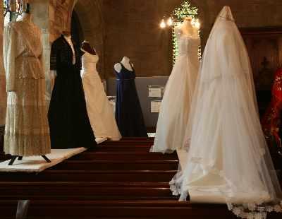 wedding dress display 22