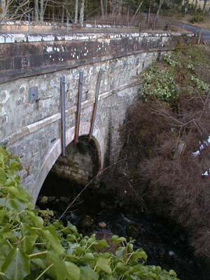The narrow bridge over the River Averon on the B9176 road over Struie.