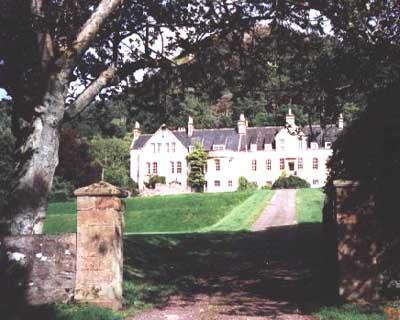 "Flowerdale House - ""An Tigh Dige"""