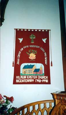 The Kilmuir Easter Banner, which hangs behind the pulpit, commemorates the Bi-centenary of the present church in 1998.