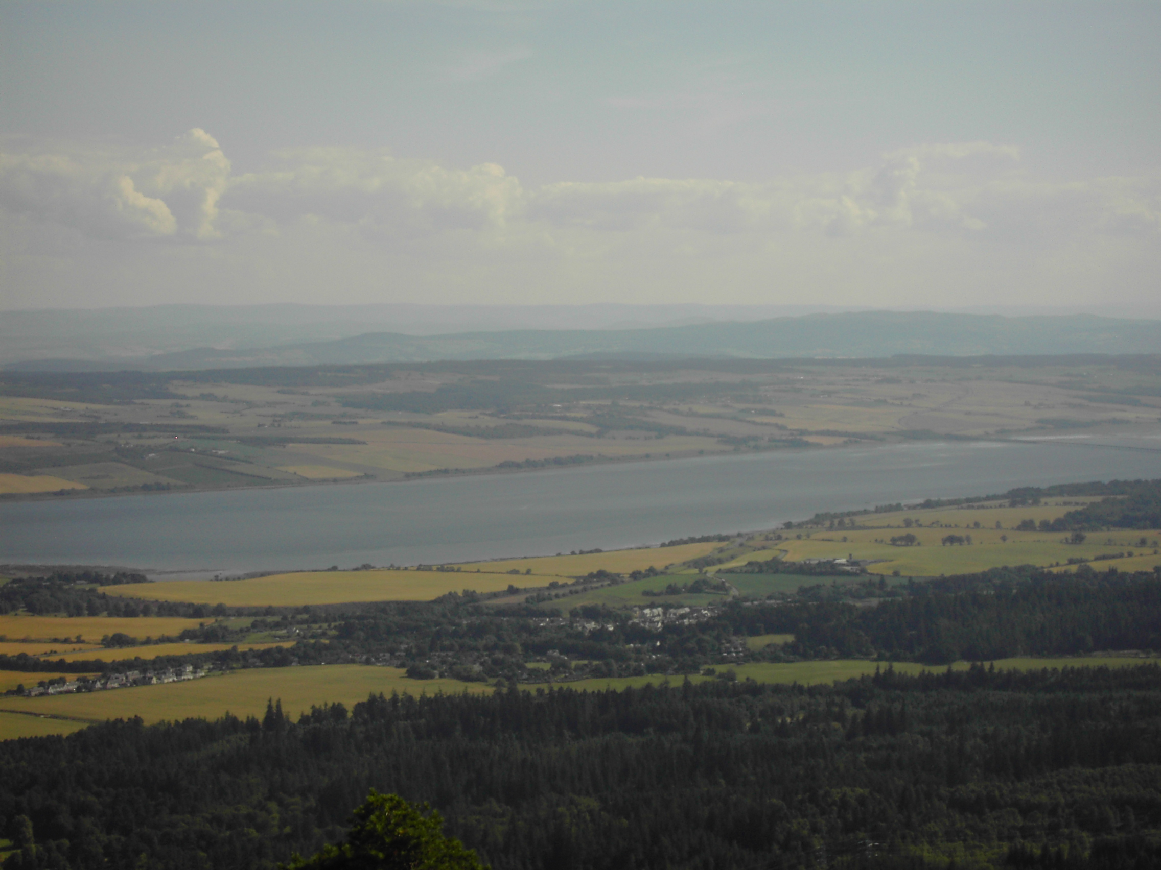 Views from the top of Fyrish - photo 5