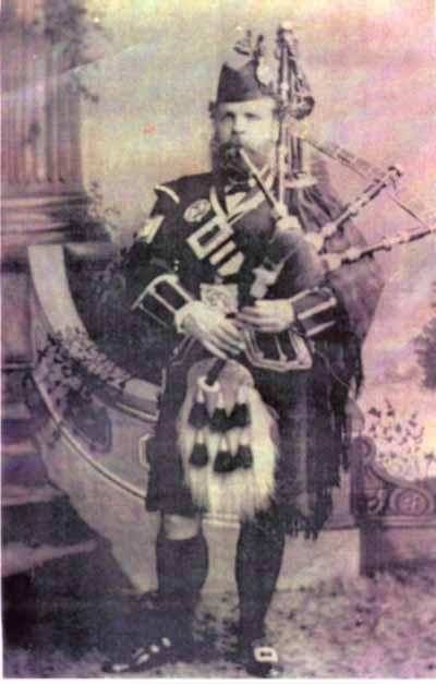 Colin Cameron, Piper to the Duke of Fife