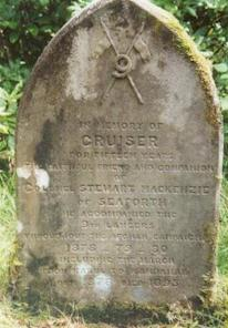 Monument to Cruiser, Lord Seaforth's charger.