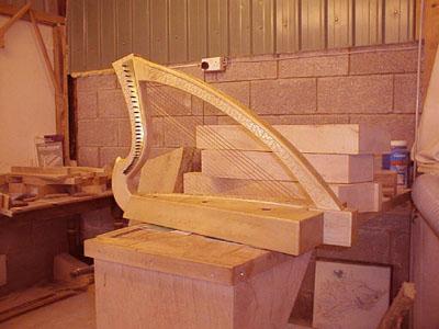 08 Ardival harps