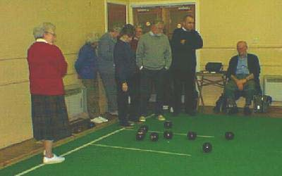 Indoor Bowls 1 - An interesting head develops