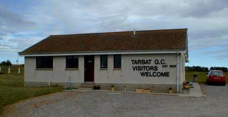Clubhouse of Tarbat Golf Club - front