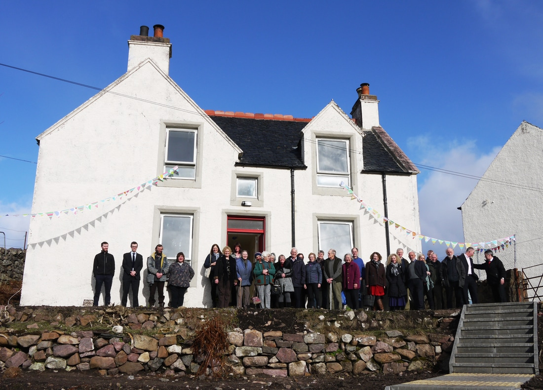 The people of Achiltibuie at the newly-renovated schoolhouse (March 2017).