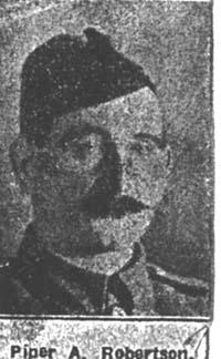 Robertson Alick, Piper, Kildary