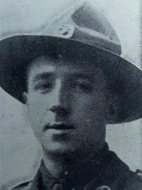 Hill Roland J, Capt,