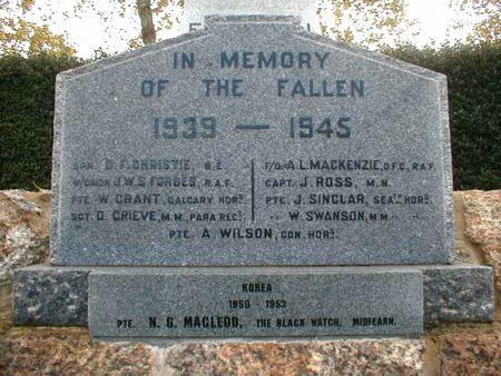 Edderton War Memorial - Front Lower