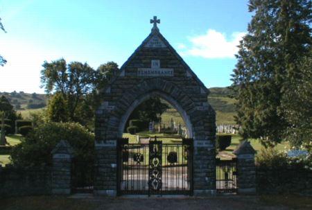 Fodderty War Memorial - Looking south.