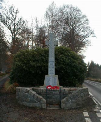 Knockbain (Munlochy) War Memorial - front