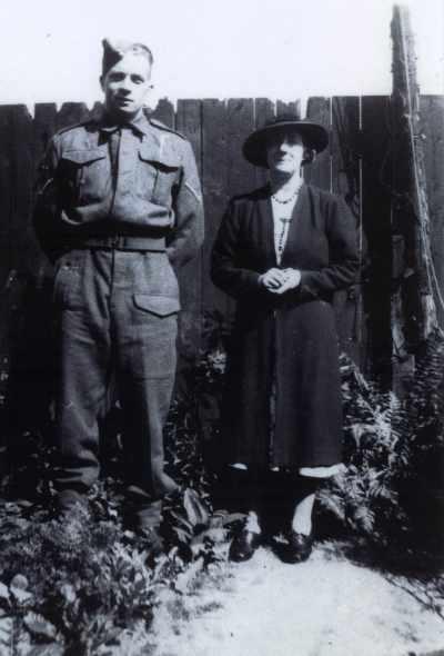Skinner James Ross, Gunner, and his mother