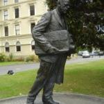 Peter Fraser Statue