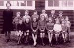 Mrs Annie Mackenzie and pupils.